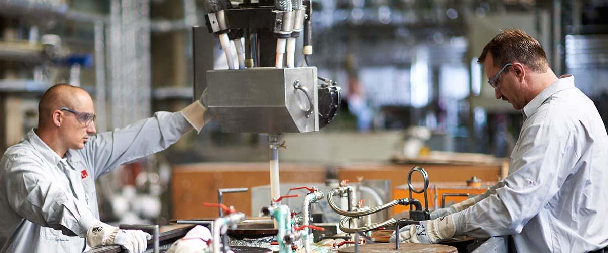 Eigene Herstellung von Halbzeugen aus technischen Kunststoffen